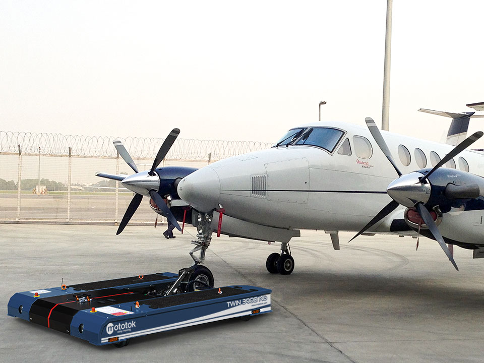 TWIN-3900-hawker-beechcraft-super-king-air-200-960