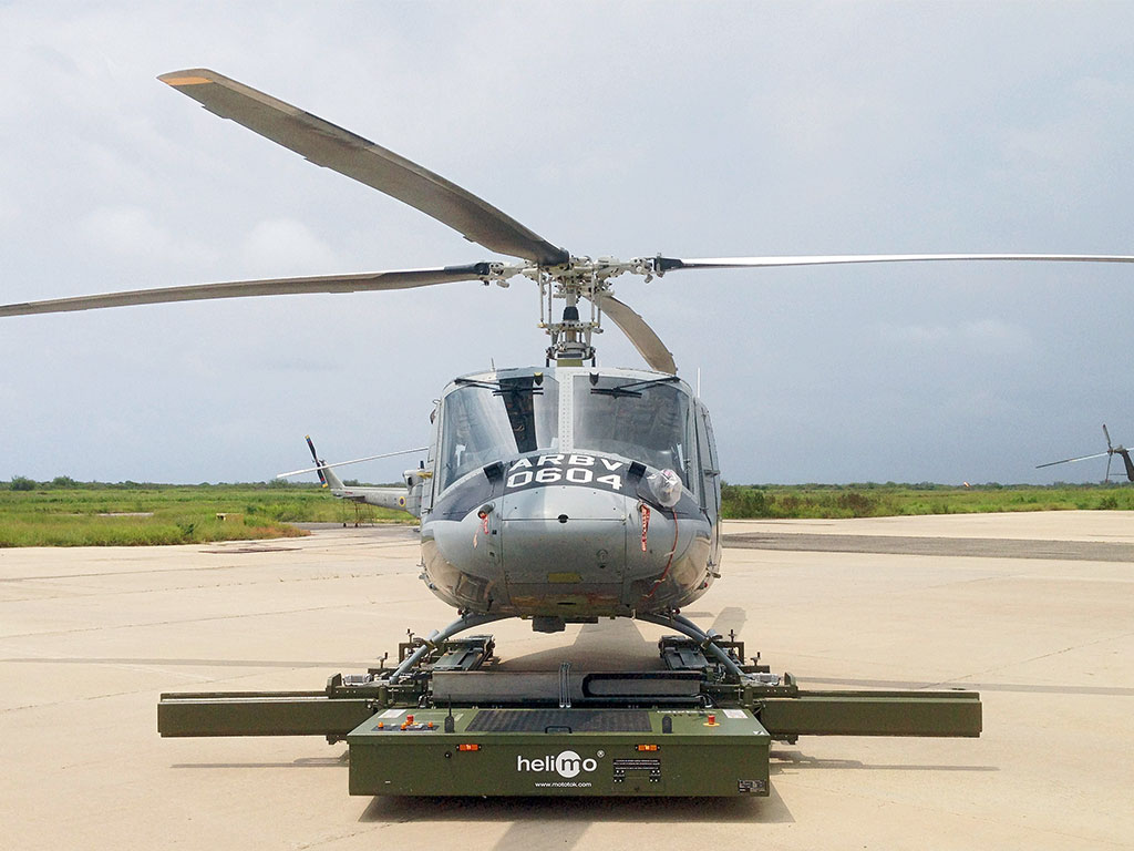 Helimo with a Bell 412 Helicopter