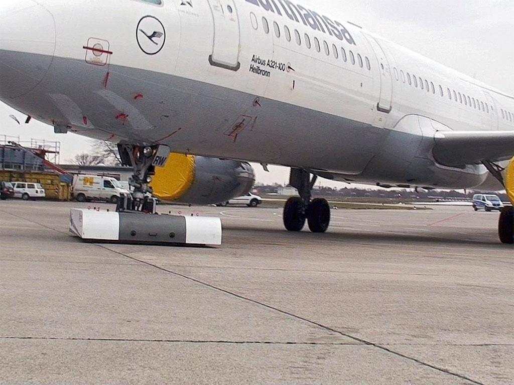 spacer-8600-airbus-a320-apron-004.jpg