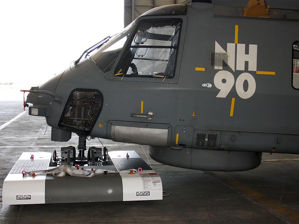 Mototok TWIN tows a NH90