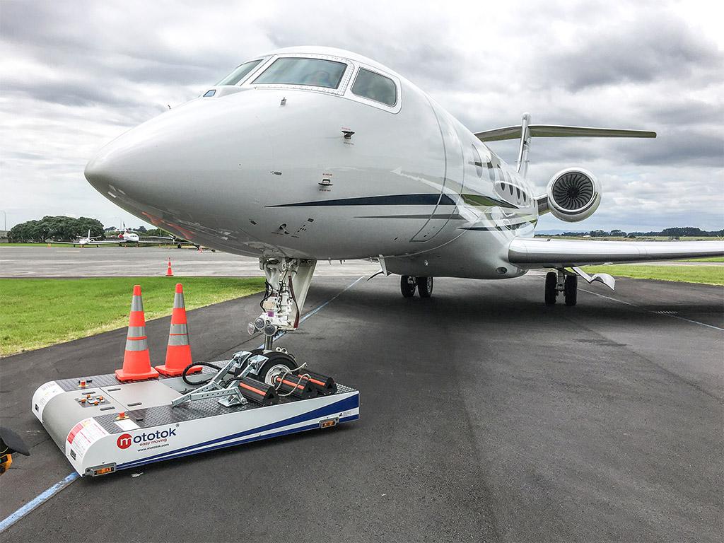 TWIN and a Gulfstream