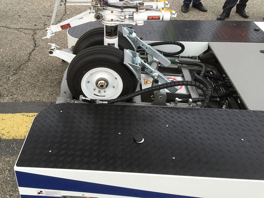 Nose wheel clamped and ready for action …