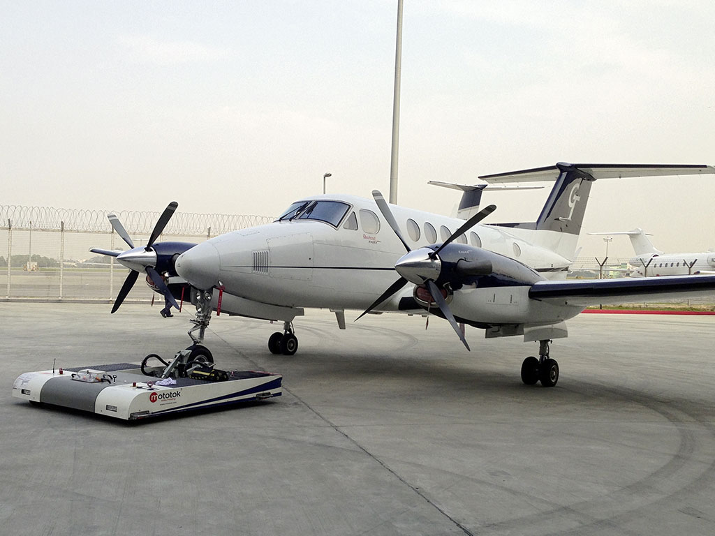 TWIN  with a Hawker Beechcraft Super King Air