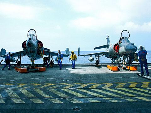 """Dassault Super Étendard on the French Aircraft Carrier """"Charles de Gaulle"""""""