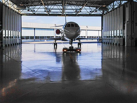twin-flat-dassault-falcon-hangar-002_small.jpg