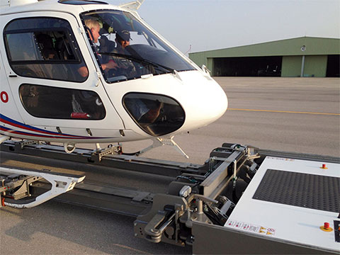 helimo-eurocopter-as350-ecureuil-moving-from-inside-001_small.jpg
