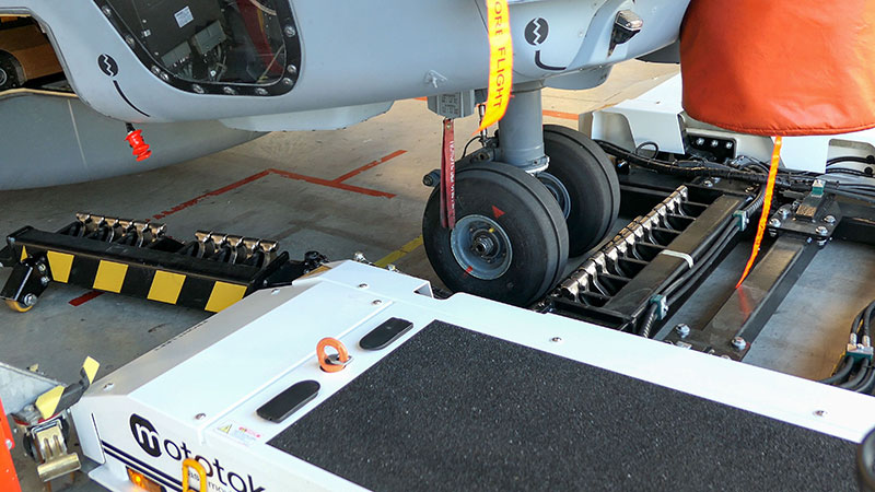 Mototok Alligator: New Automatic Nose Gear Clamping Mechanism